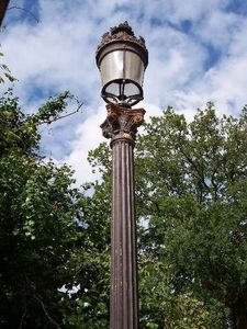 France Distribution - lampadaire ancien - Straßenlaterne