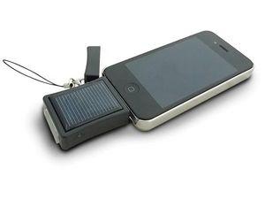 WHITE LABEL - chargeur solaire très pratique pour iphone et ipod - Batterieaufladegerät