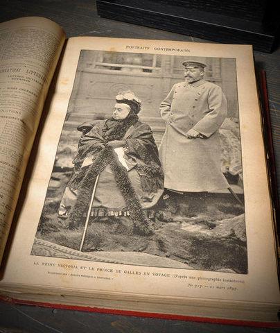 Objet de Curiosite - Altes Buch-Objet de Curiosite-Annales 1889 -4 volumes - cuir rouge-0.2M