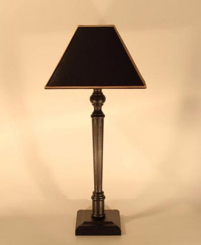 L'ATELIER DES ABAT-JOUR - Tischlampen-L'ATELIER DES ABAT-JOUR-design noire et dorée