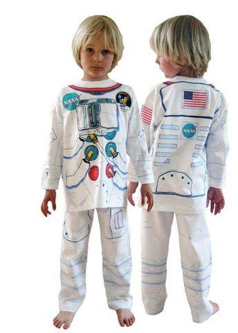Aetre - Verkleidung-Aetre-Astronaute