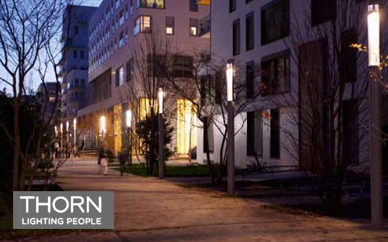 Thorn Lighting Farol Reverberos & farolas de exterior Iluminación Exterior Espacios urbanos | Design Contemporáneo