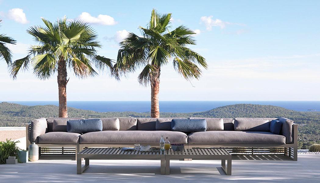 GANDIA BLASCO Sofá para jardín Salones completos de jardín Jardín Mobiliario Jardín-Piscina | Design Contemporáneo
