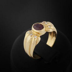 Expertissim - bague godronnée or, rubis et diamants - Anillo