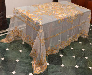 PASSION HOMES BY SARLA ANTIQUES - embroidered long table cover - Mantel Rectangular