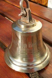 La Timonerie -  - Campana De Exterior