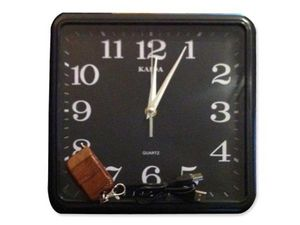 WHITE LABEL - horloge ingénieuse avec caméra et mémoire 4 go cam - Cámara De Vigilancia