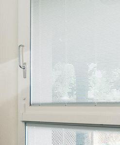 Persiana de ventana integrada