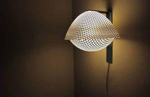 CORALIE BEAUCHAMP - b2 - Lámpara De Pared