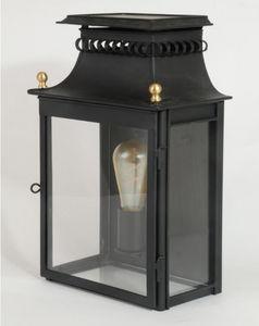 Lanternes d'autrefois  Vintage lanterns - cheverny - Linterna De Exterior