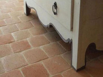 Ceramiques du Beaujolais - carrelages terre cuite antique - Suelo De Terracota Antigua
