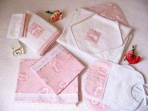 Organda Creation - rose pastel - Babero