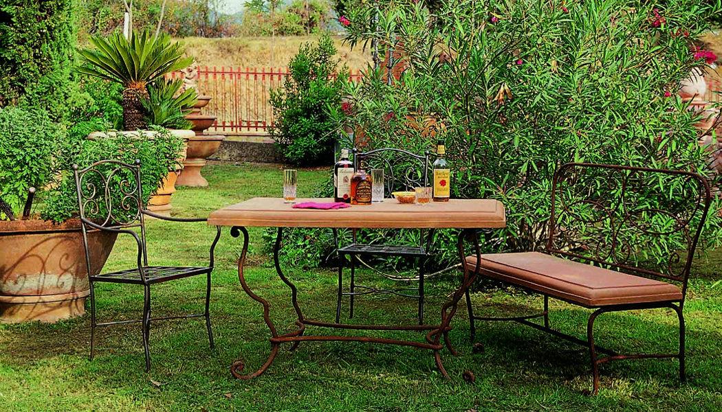 Enzo Zago Tavolo da giardino Tavoli da giardino Giardino Arredo  |