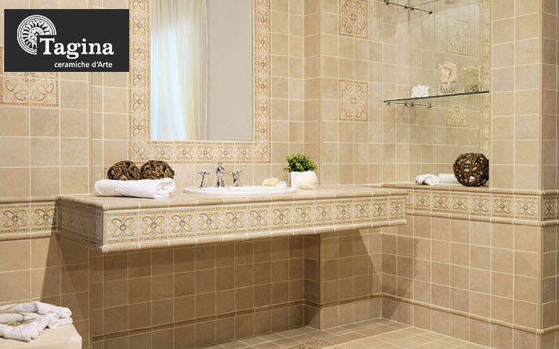 bagno classico piastrelle  fatua for ., Disegni interni