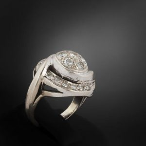 Expertissim - bague tourbillon en or gris et diamants - Anello