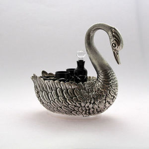 TSAR IMPERIAL - swan vodka & caviar server - Servizio Vodka