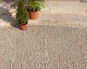 Occitanie Pierres -  - Ciottolato / Pavimento In Ciottoli