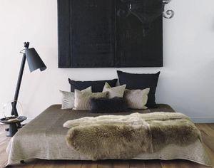 Maison De Vacances - panne de velours matelassée - Copriletto