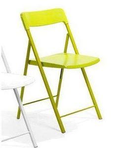 WHITE LABEL - lot de 2 chaises pliantes kully en plastique verte - Sedia Pieghevole