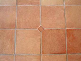 Ceramiques du Beaujolais - carrelage terre cuite 30x30 - Pavimento In Cotto