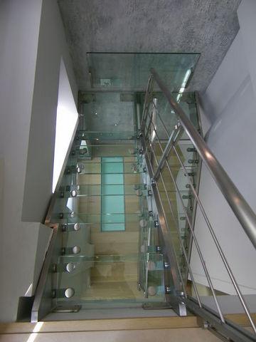 TRESCALINI - Scala a doppia rampa-TRESCALINI-Elite : escalier demi tournant inox et verre